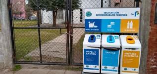 ENTREGA DE ISLAS DE RECICLADOS